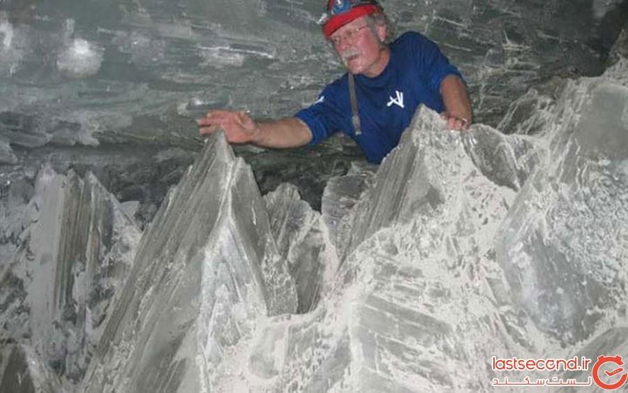 دانشمندان ناسا در کریستالهای عظیم این غار، آثاری از حیات را کشف کردند!