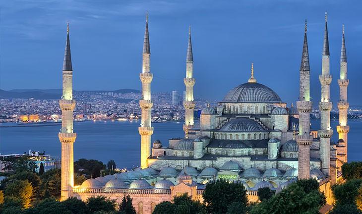 ماجرای مسجد آبی استانبول چیست؟