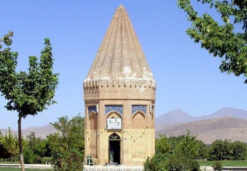 Tomb of Hayaquq the Prophet