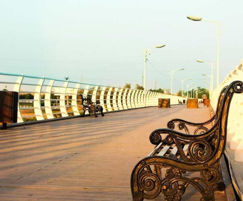Tabiat Bridge (4).jpg