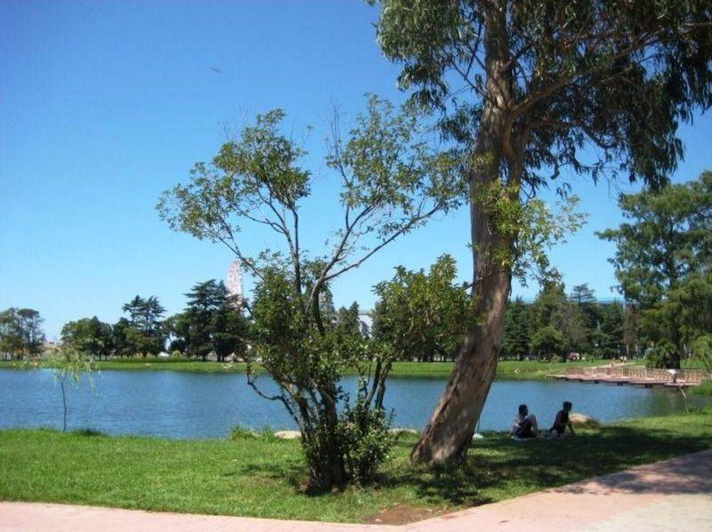Nurigeli Lake (5).jpg