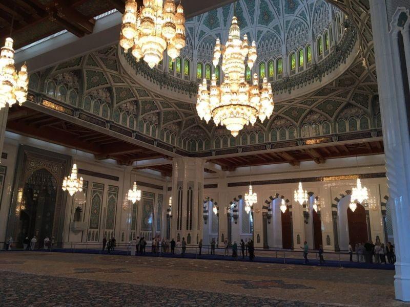 مسجد جامع سلطان قابوس