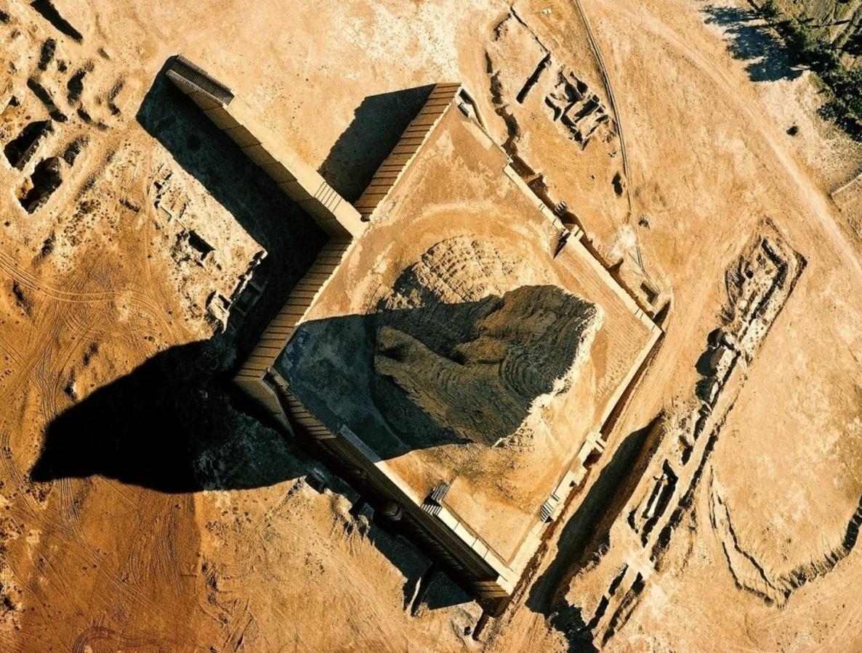 زیگورات دور کوریگالزو، نیایشگاه خدایان باستان در عراق
