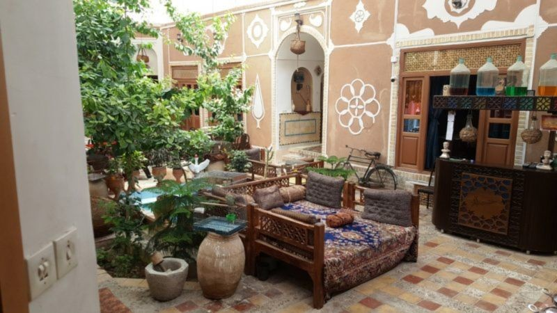 Khesht Abad Hotel (7).jpg