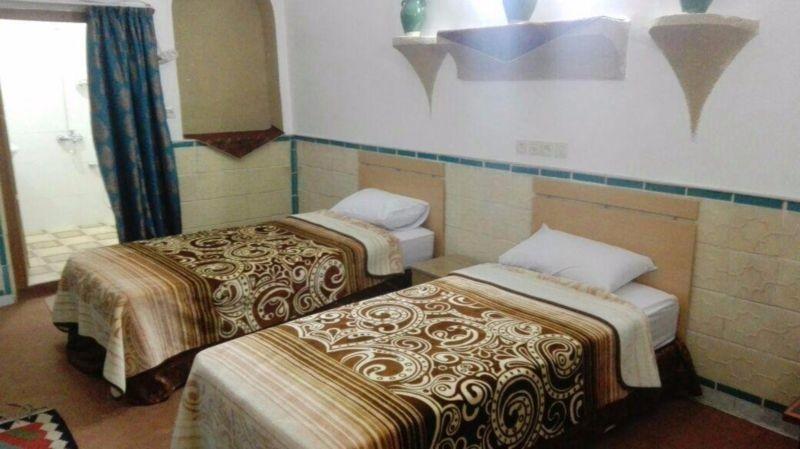 Khesht Abad Hotel (1).jpg