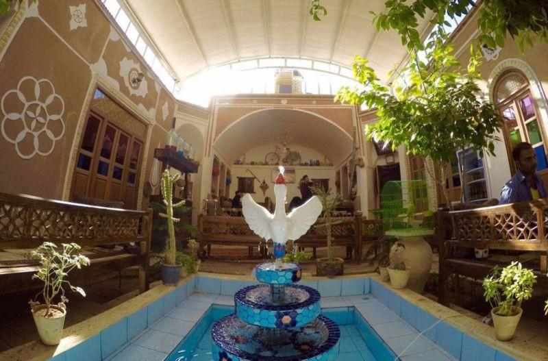 Khesht Abad Hotel (10).jpg