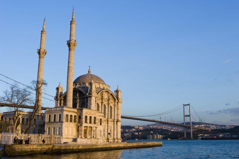 Ortakoy Mosque (4).jpg