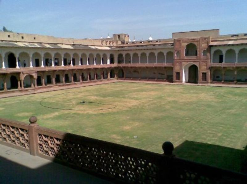 Agra Fort (3).jpg
