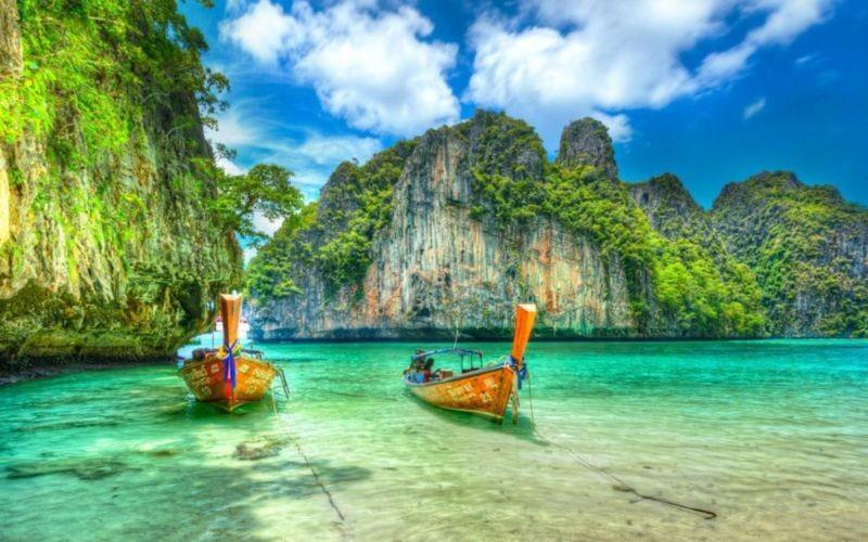 Phi Phi Islands (2).jpg