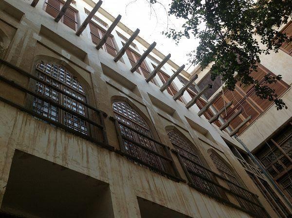 عمارت دهدشتی، خانه چهار طبقه قاجار در بوشهر