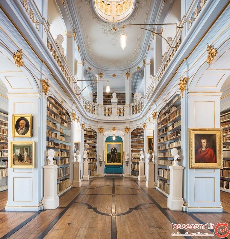 کتابخانهی دوشز آنا آملیا، ویمار، آلمان