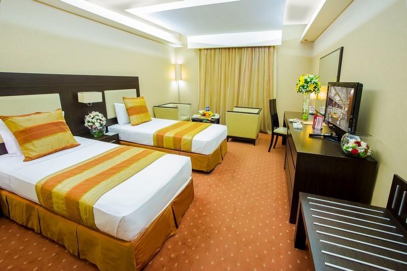 Parsian Evin Hotel (11).jpg