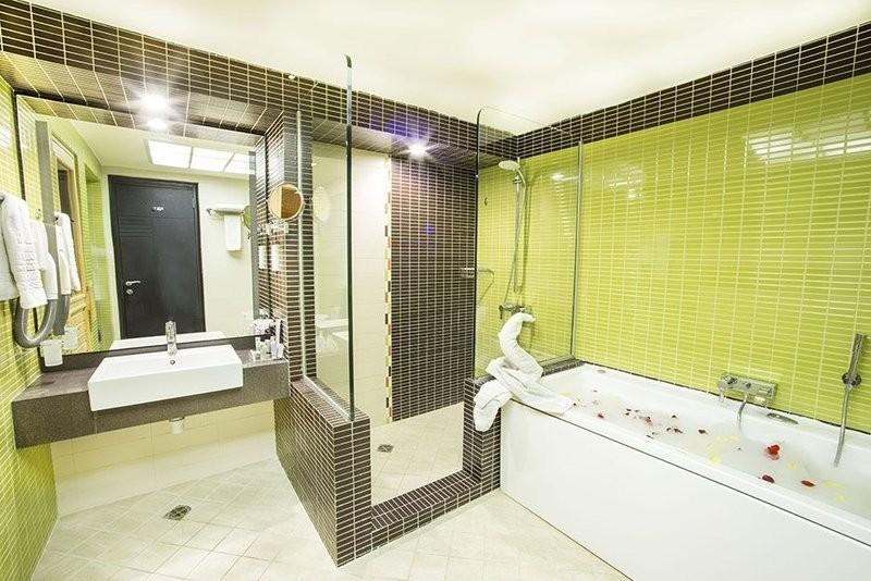 Parsian Evin Hotel (5).jpg