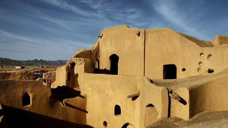 قلعه بیاضه، زیبای خفتهی مصر ایران