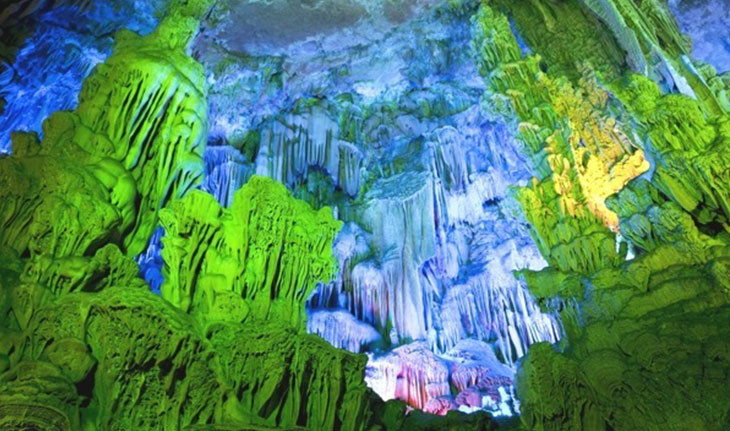 غار ریدفلوت، غار آهکی عجیب در چین