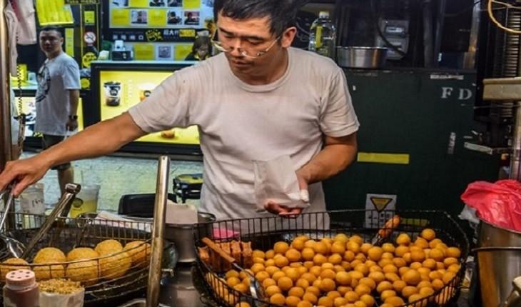 ماجرای پیروی از بومی ها برای یافتن بهترین غذاهای خیابانی در تایوان