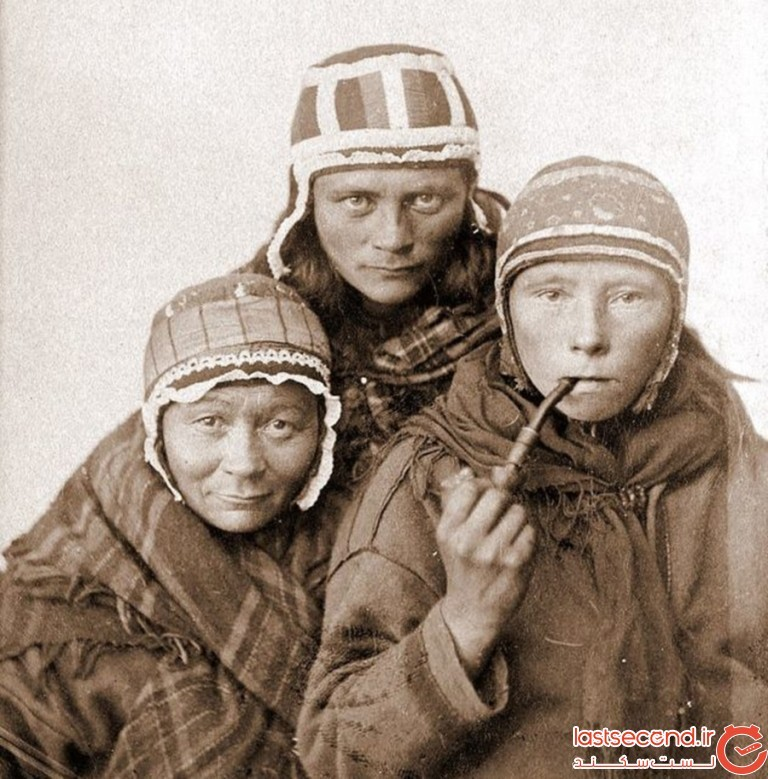 Three-Sámi-women.jpg