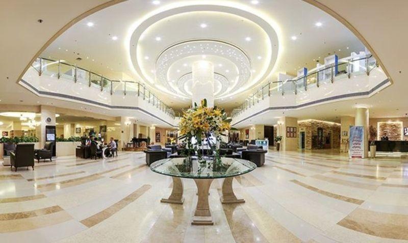 Parsian Azadi Hotel (4).jpg