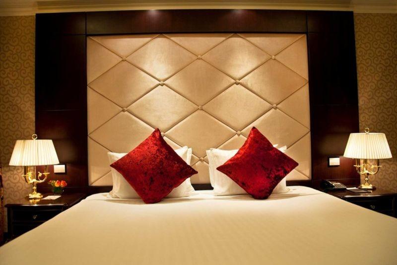 Parsian Azadi Hotel (5).jpg