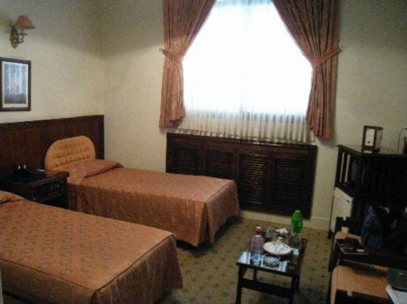 Iranshahr Hotel (5).jpg