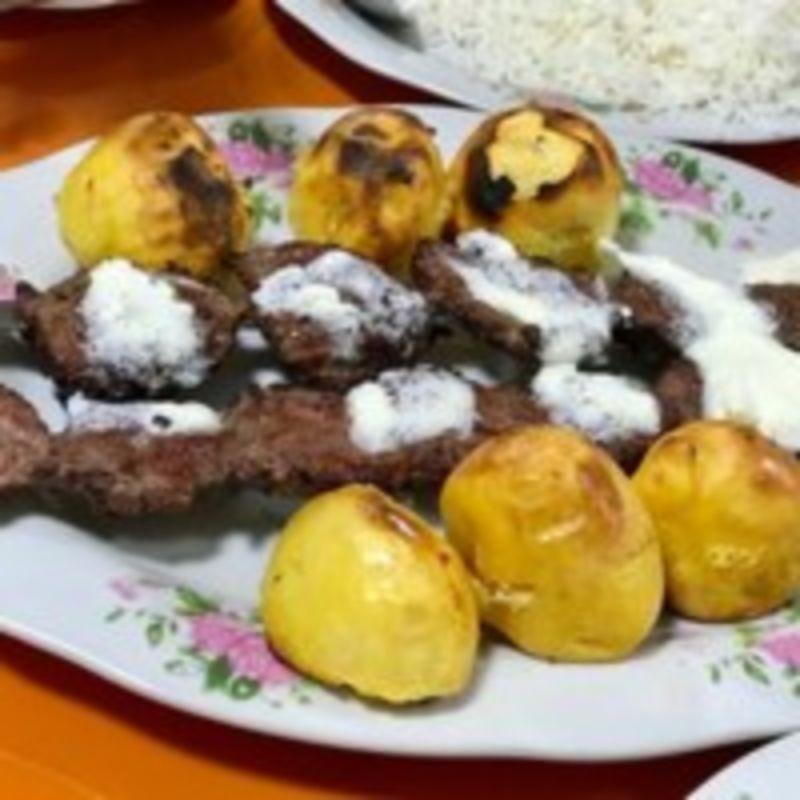Madine Monavare Restaurant (2).jpg