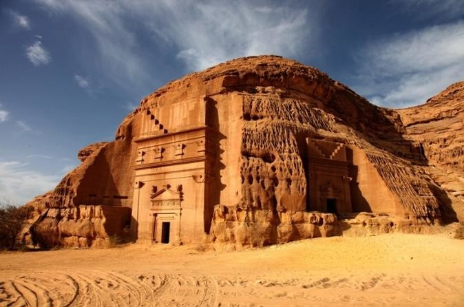 madain-saleh-in-al-ula-500157.jpg