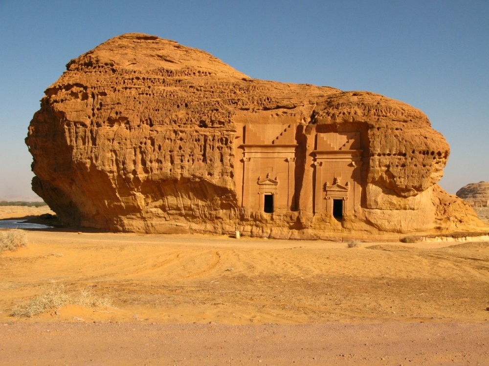 hegra-madain-saleh-tomb-112-113.jpg