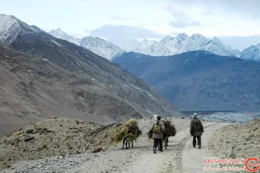 بزرگراه و کوهستان پامیر