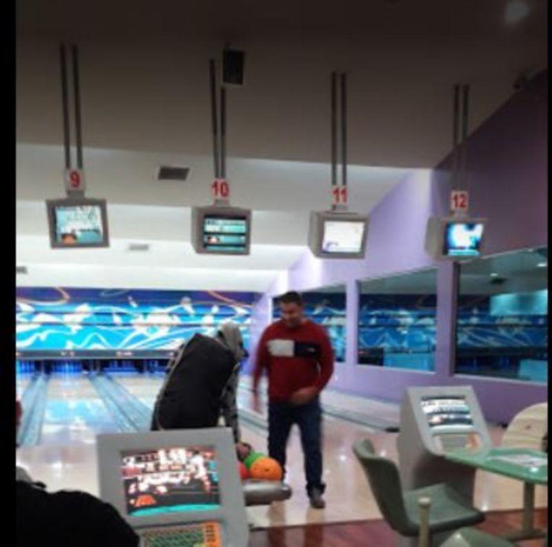Wonderland Bowling Center (4).JPG