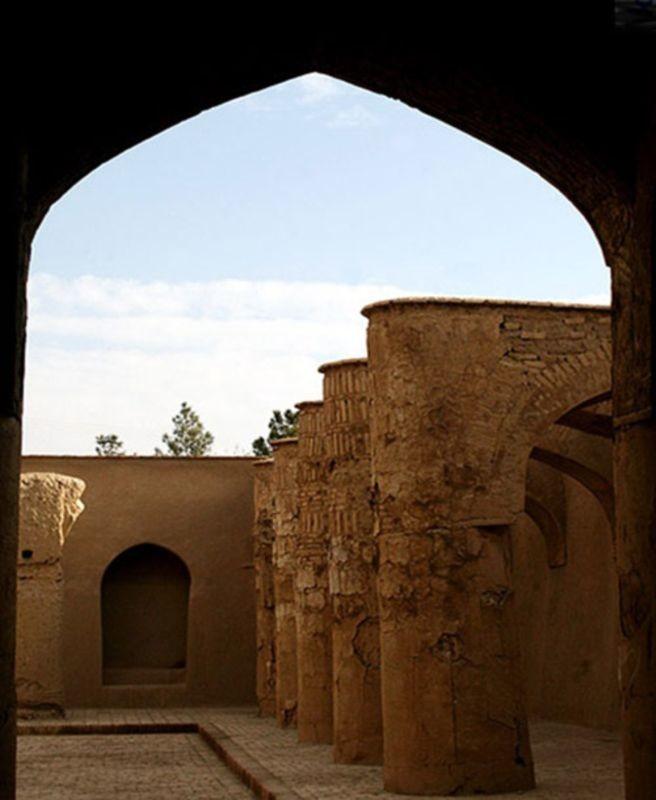 Tarikhaneh Temple (4).jpg