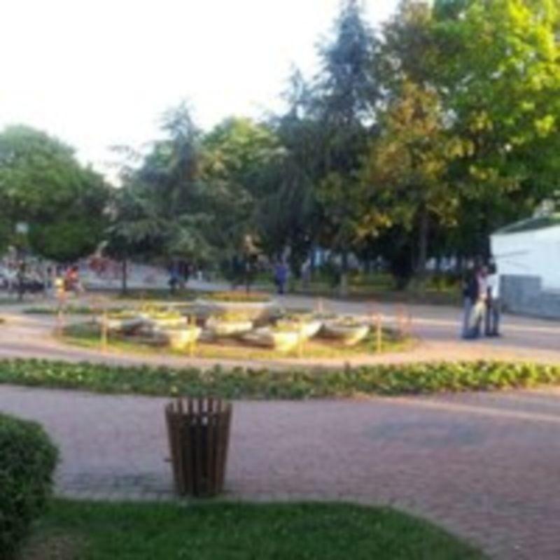 Ataturk Park (3).jpg