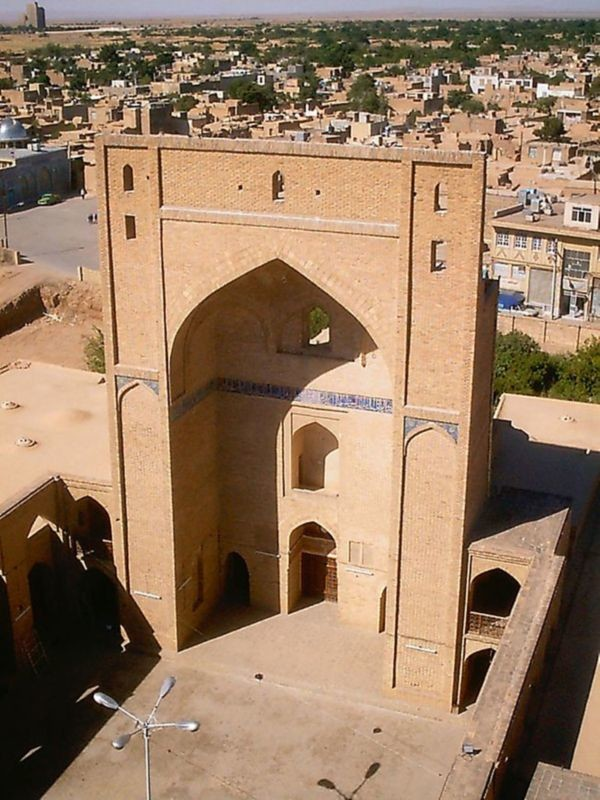 Semnan Central Mosque (4).jpg