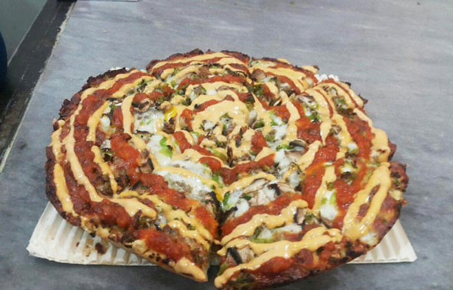 رستوران پیتزا میتزا