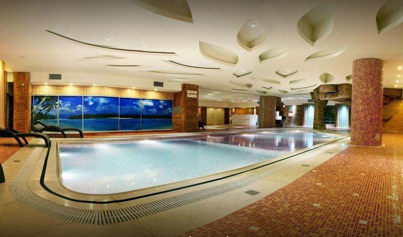 Shiraz Hotel Sports Complex (1).JPG