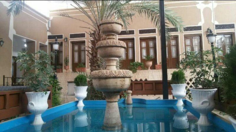 Dalane Behesht Hotel (2).jpg