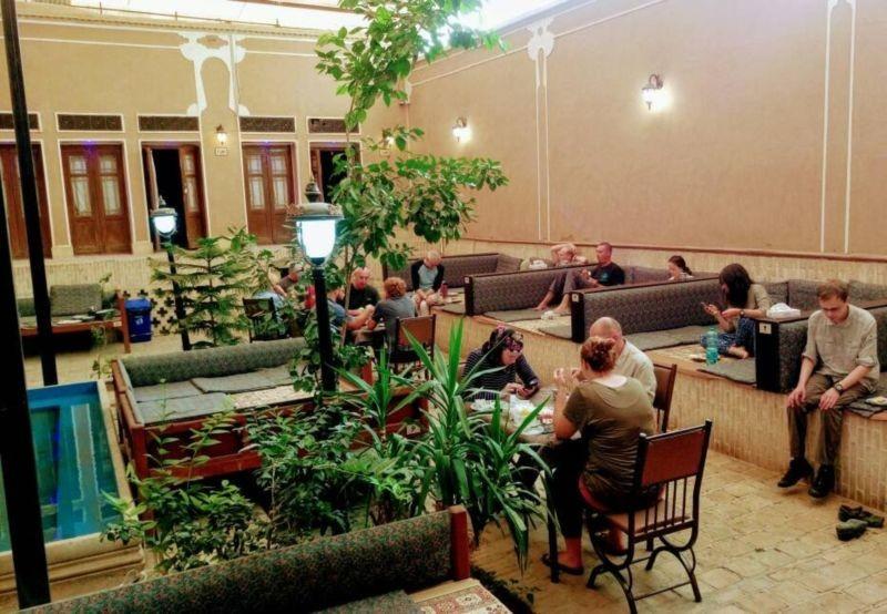 Dalane Behesht Hotel (5).jpg