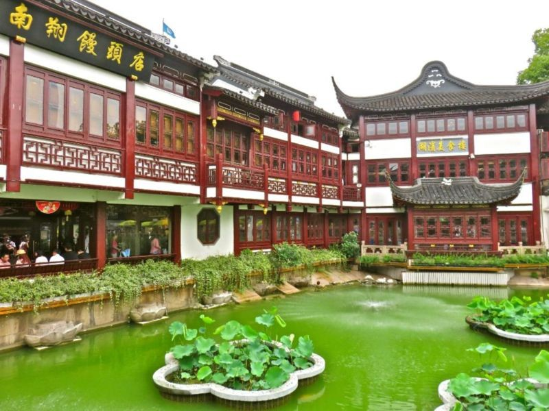 Yu Garden (Yuyuan) (4).jpg