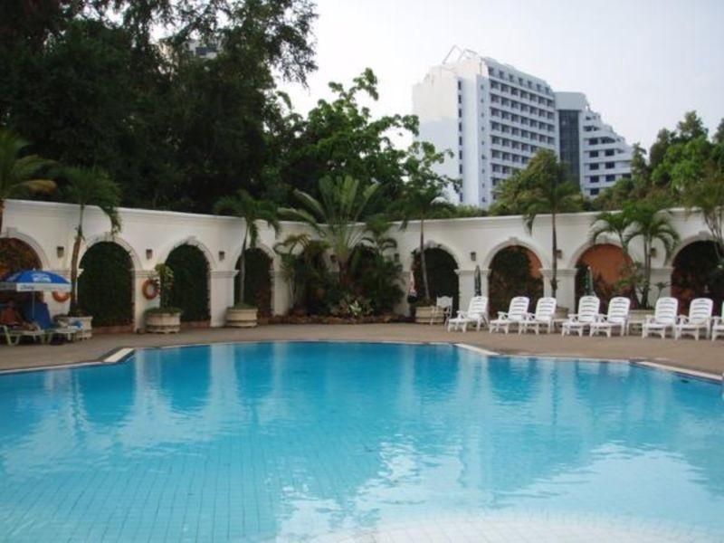 Grand Sole Pattaya Beach Hotel (4).jpg