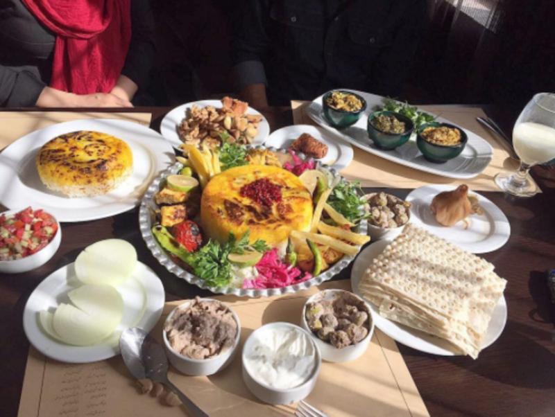 Guilaneh Restaurant (3).png