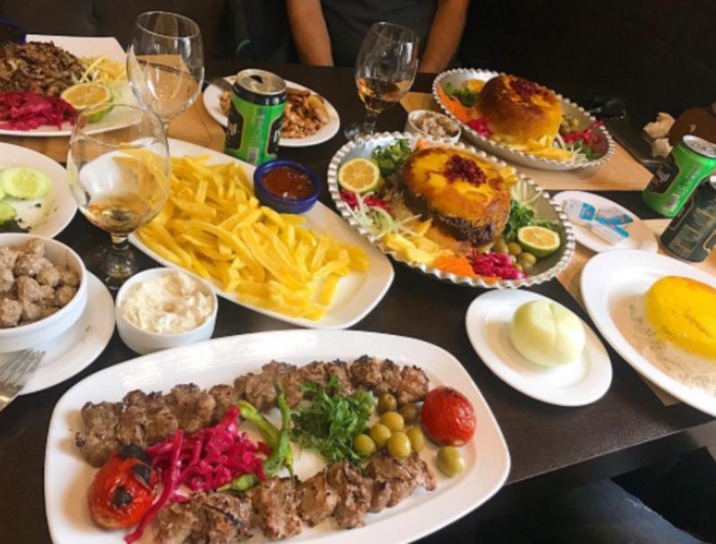 Guilaneh Restaurant (4).png