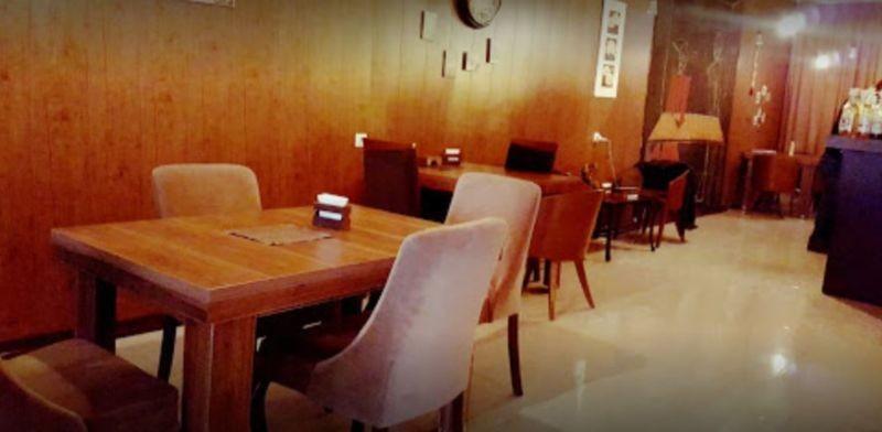 Gap Cafe (1).JPG
