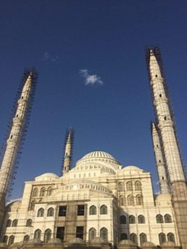 Makki Mosque (2).jpg