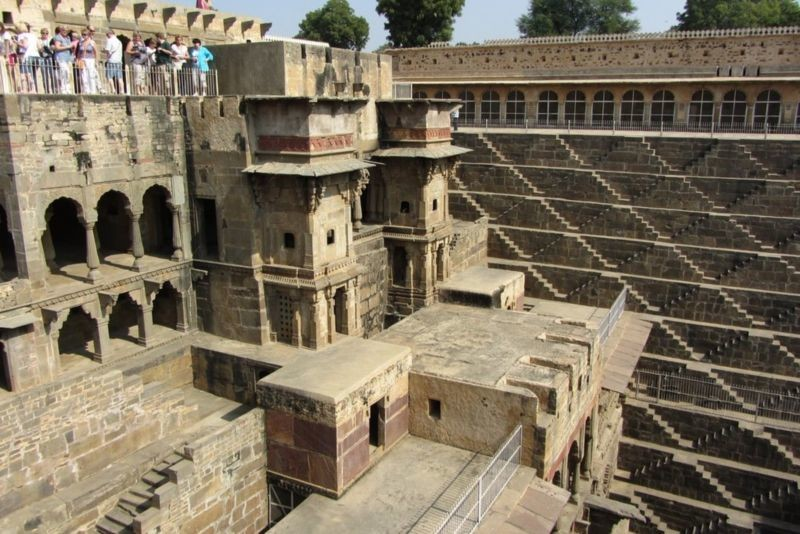 Chand Baori (Step well) (1).jpg