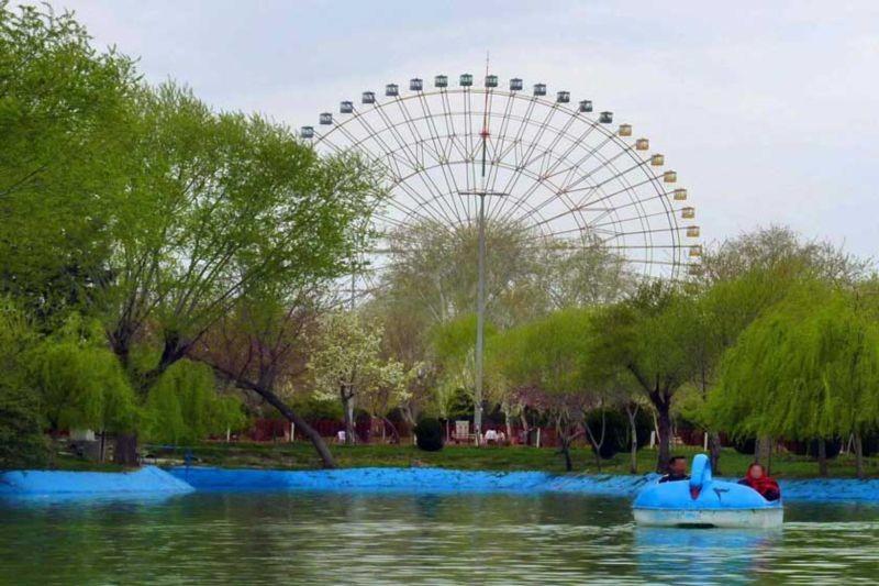 Mellat Park (2).jpg