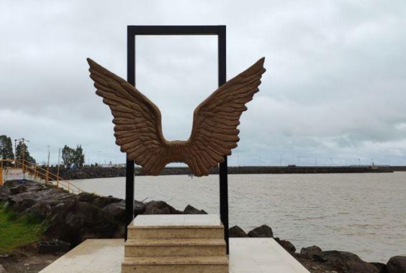 Unknown Martyrs Anzali Port Park