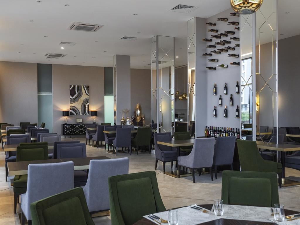 lahta hotel (2).jpg