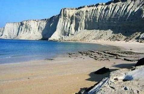 ساحل صخره ای (4).jpg