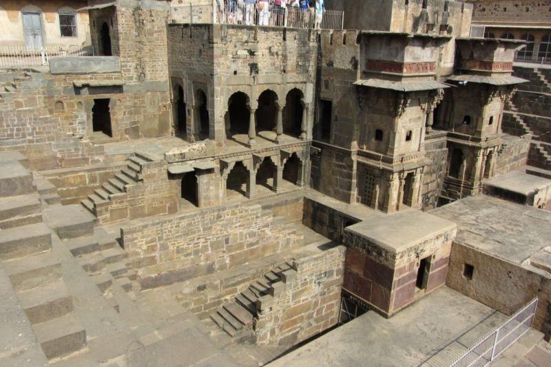 Chand Baori (Step well) (5).jpg