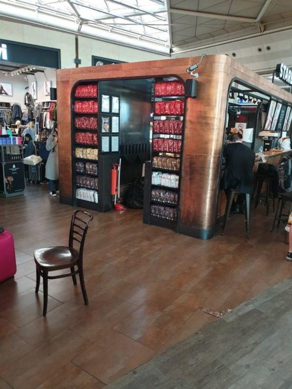 Starbucks Cafe (2).jpg