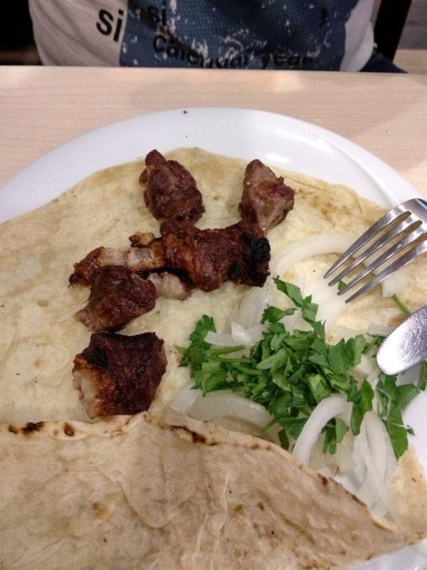 Karas Restaurant (5).jpg